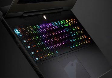 Aorus présente le X7 DT et son clavier RVB Fusion