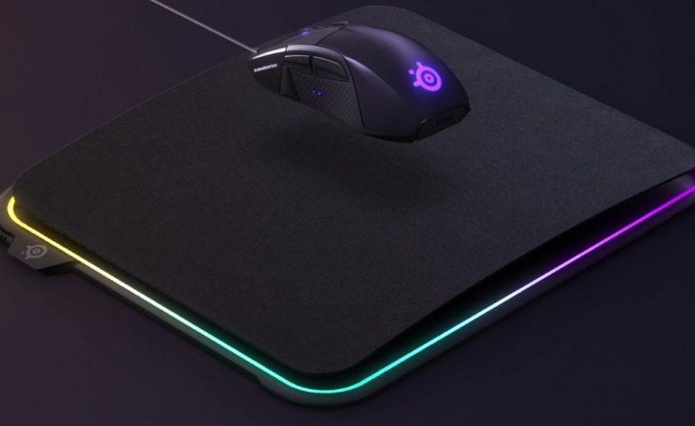 QcK Prism - Un tapis de souris haut en couleur par SteelSeries