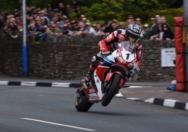 TT Isle of Man PS4 John McGuinness