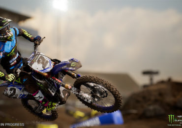Monster Energy Supercross désormais disponible !
