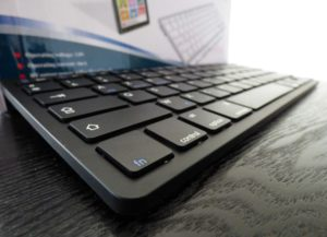 Test du clavier bluetooth AZERTY de Navitech