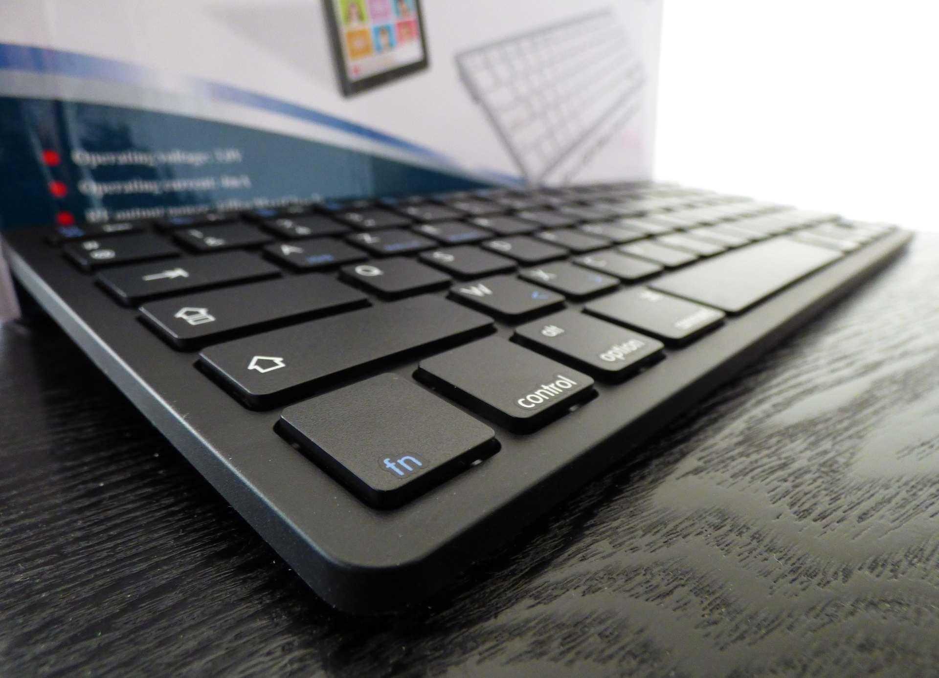 Test du clavier bluetooth AZERTY de Navitech