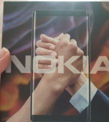 Test : Nokia 8 Sirocco, entre ramage et plumage ?