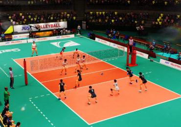 Spike Volleyball, les commentateurs de l'Équipe aux commandes !