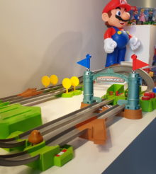 Nous avons testé le circuit Mario Kart X Hot Wheels !