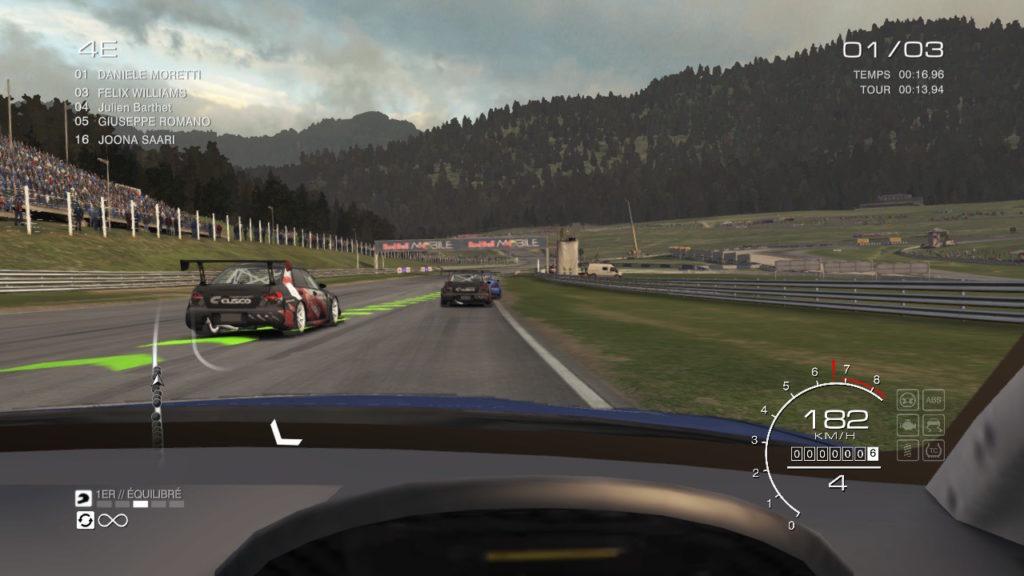 Grid Autosport, vue intérieure
