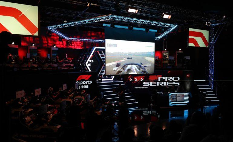 La scène des F1 Esports Series