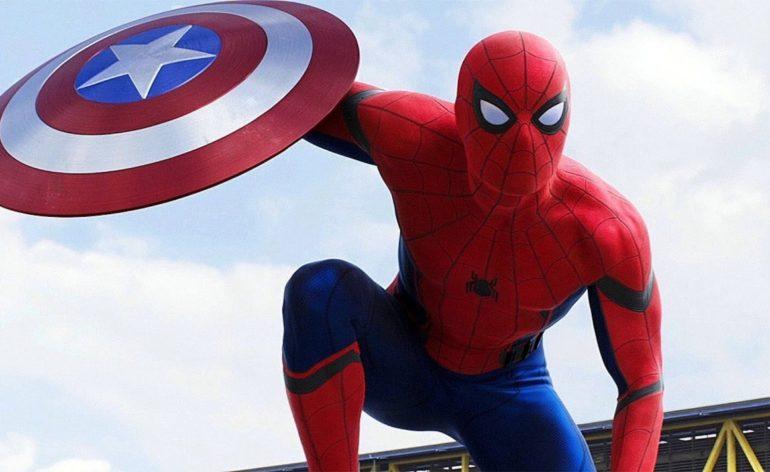 Spider-Man avec le bouclier de Captain America