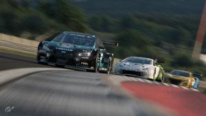 Gran Turismo : Trois voitures lors du Top16 Manufacturer Series