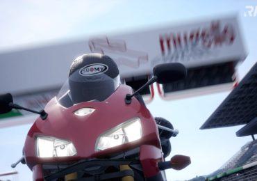Ride 4 : Une Honda dans la ligne droite principale au Mugello