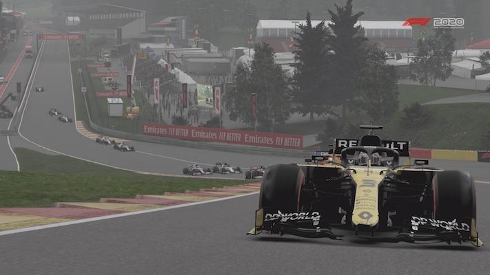 F1 Esports : Une Renault dans le Raidillon dans le jeu F1 2020