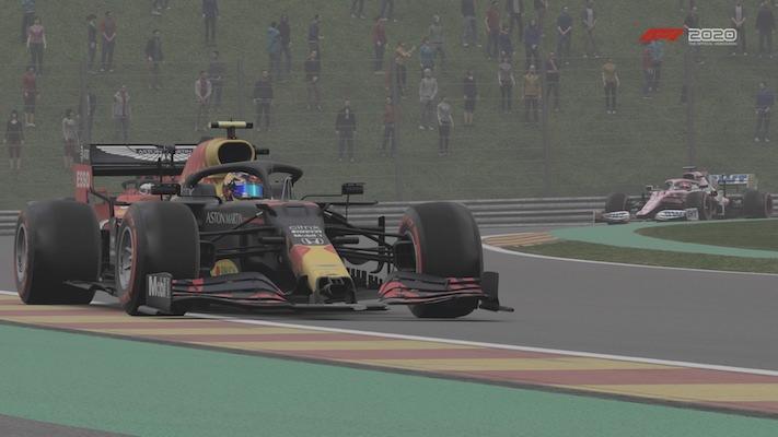 F1 Esports : Une Red Bull dans l'impressionnant virage de Pouhon