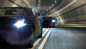 Need For Speed : Deux voitures dans un tunnel
