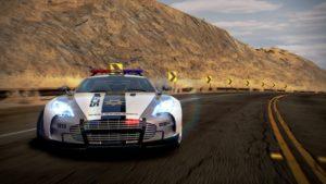 Need For Speed : Une Aston Martin de police en drift