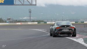 Gran Turismo : Une Toyota GR Supra RZ'20 sur le circuit de Fuji dans le jeu Gran Turismo Sport