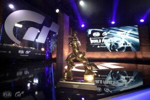 Gran Turismo : Le trophée de la Nations Cup (photo de Clive Rose - Gran Turismo/Gran Turismo via Getty Images)