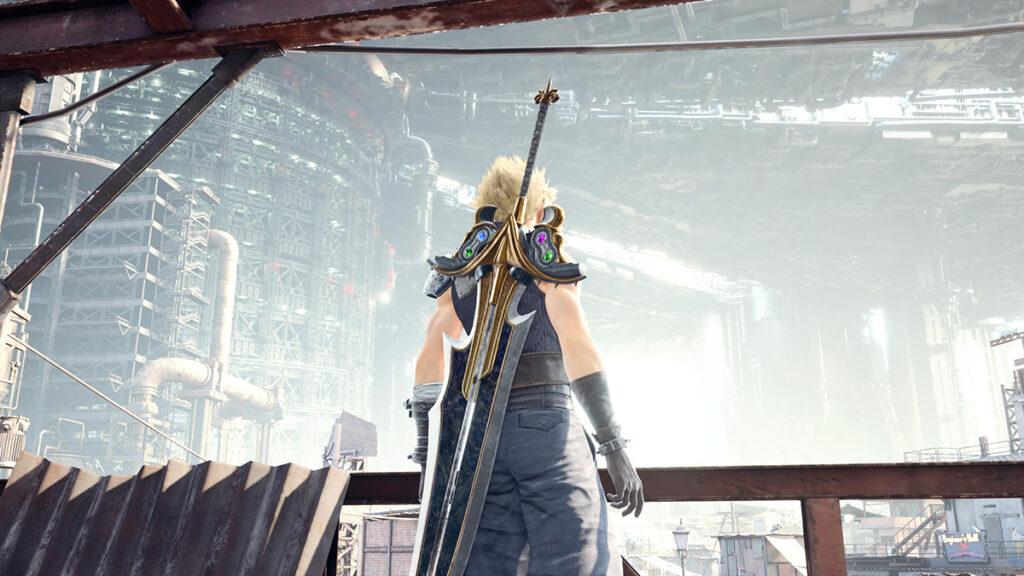 Cloud face à Midgar Final Fantasy VII Remake Intergrade